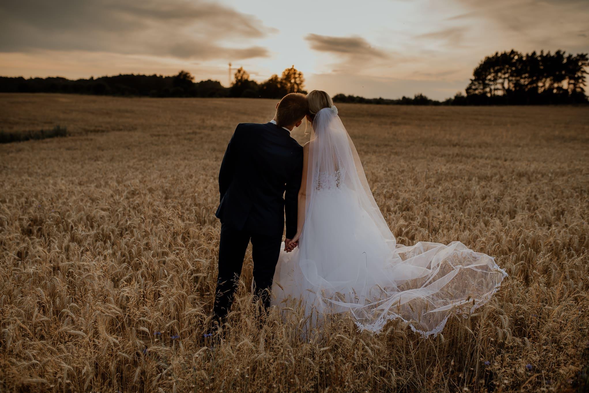 Jak dobrze wyjść na zdjęciach ślubnych 6