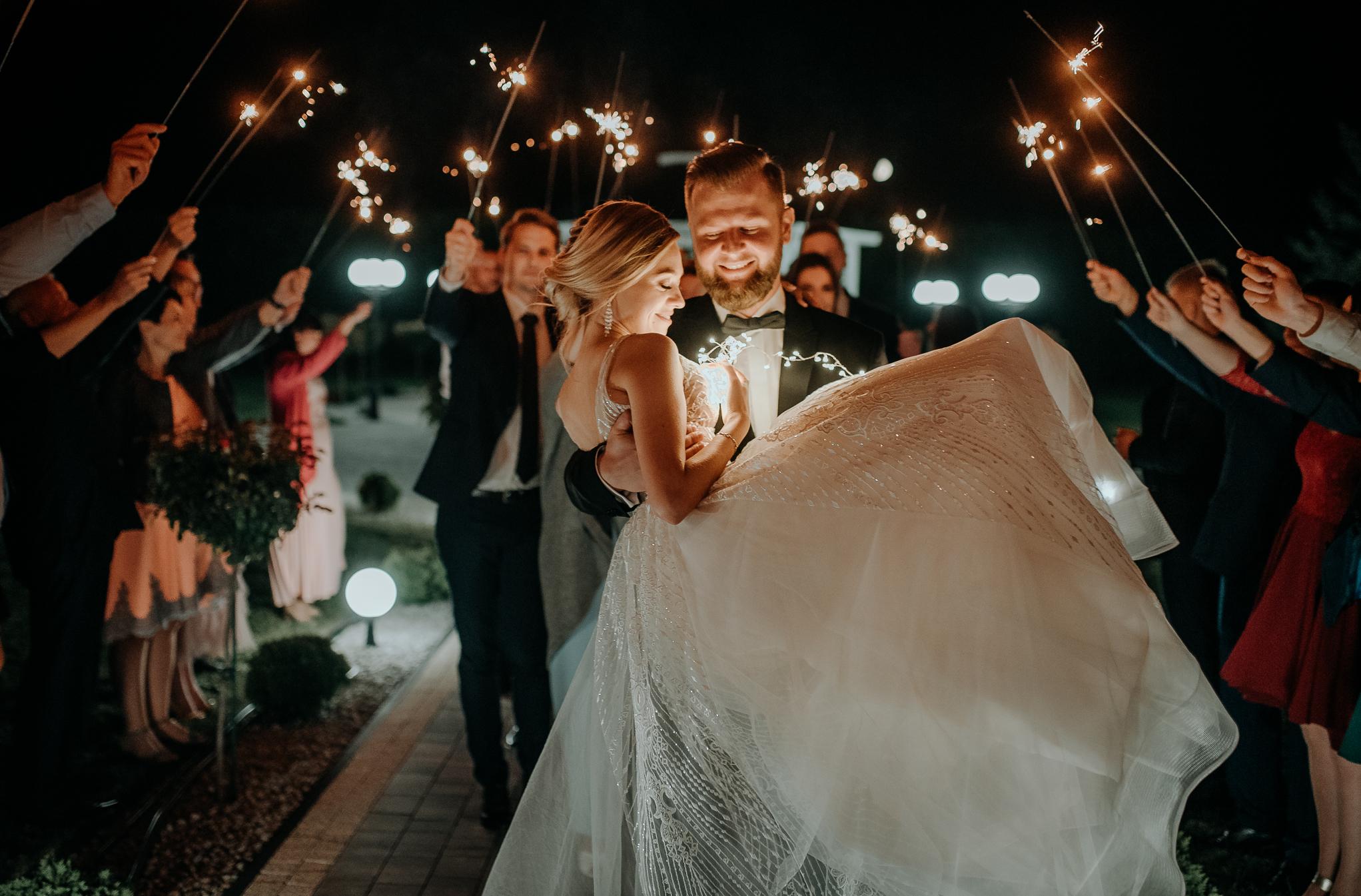 Jak dobrze wyjść na zdjęciach ślubnych 1