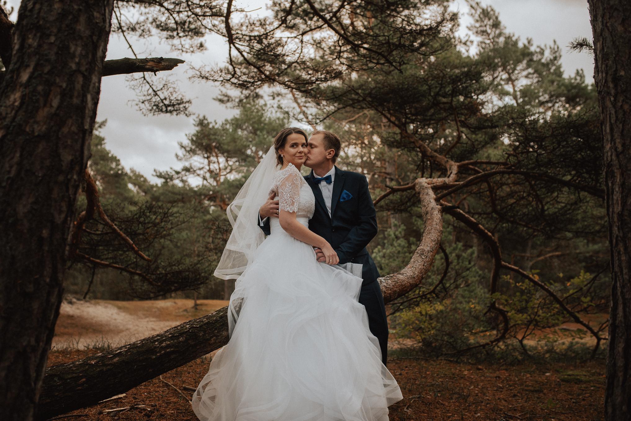 Leśna sesja ślubna 6